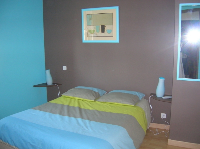 chambre turquoise et chocolat avec des. Black Bedroom Furniture Sets. Home Design Ideas